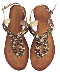 Naughty Monkey Lavender Sandals