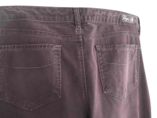 Item - Brown Dark Rinse #203042 Style # 04880049 Boot Cut Jeans Size 31 (6, M)