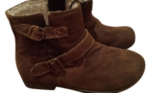 Material Girl Brown Boots