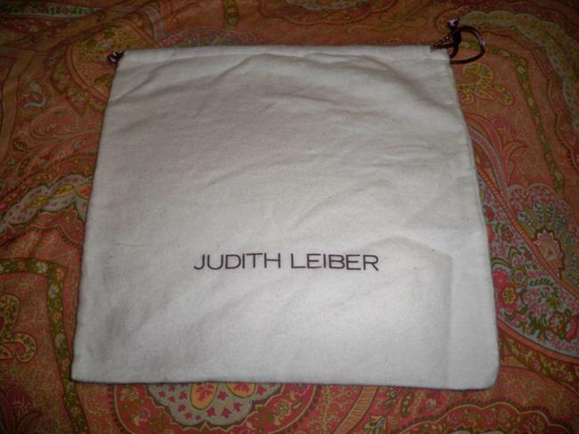 Item - White Flannel with Purple Logo New Dust Bag 10x10