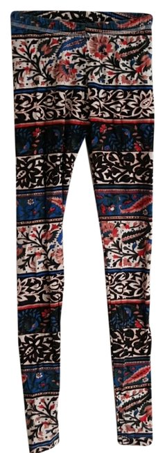 Preload https://img-static.tradesy.com/item/9840709/truly-madly-deeply-abstract-print-leggings-size-2-xs-26-0-2-650-650.jpg