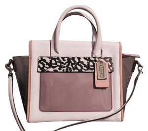 Coach Carryall Bleecker White And Black Vinyl And Leather Coral 27923 F27923 30163 30168 F30163 Satchel in Mix media