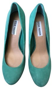 Steve Madden Sea Foam Green Pumps