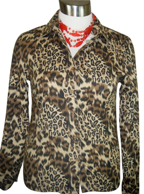 Preload https://img-static.tradesy.com/item/984549/animal-print-dbl-as-jacket-blouse-size-10-m-0-0-650-650.jpg