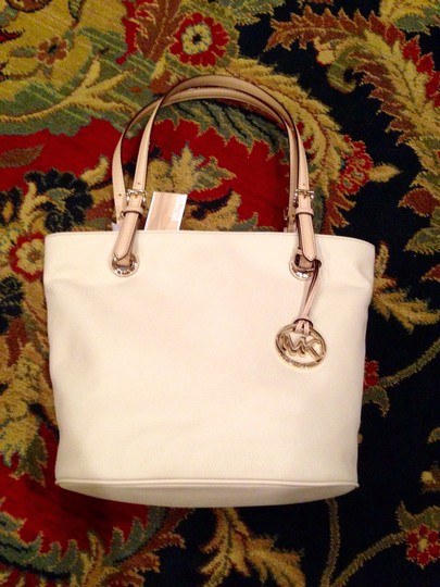 Michael Kors Tote in off white