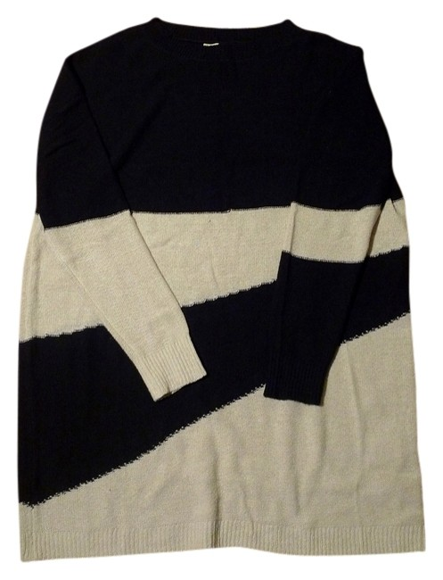Preload https://img-static.tradesy.com/item/9847537/band-of-outsiders-boy-by-white-striped-sweater-dress-tunic-size-2-xs-0-1-650-650.jpg