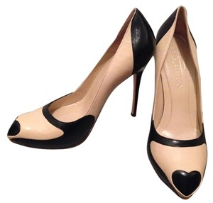 Alexander McQueen Heels Black & Tan Pumps