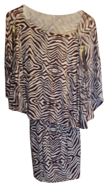 Preload https://img-static.tradesy.com/item/984760/browncream-with-zippers-for-decoration-hilow-tunic-size-4-s-0-0-650-650.jpg