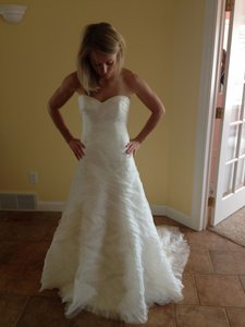 Watters Ivory Silk Organza Over Silk Satin Tyler Feminine Wedding Dress Size 0 (XS)