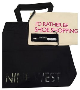Nine West Nine West set