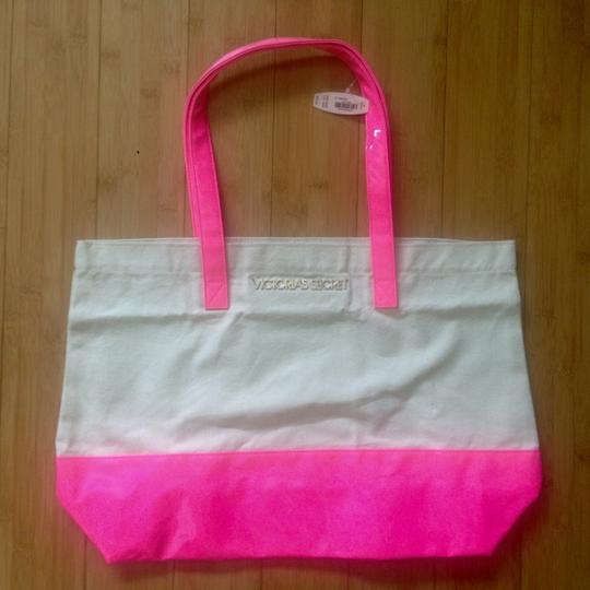 Preload https://img-static.tradesy.com/item/9850357/victoria-s-secret-hot-pink-canvas-and-patent-leather-tote-0-1-540-540.jpg