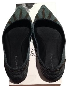 Elizabeth and James Teal Leather Exposed Zip Details Comforable Grey/Green Leather Flats
