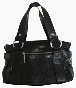 Petusco Satchel in Black