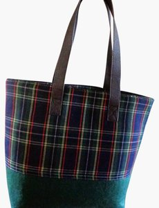 Punctuate Tote in Green Plaid