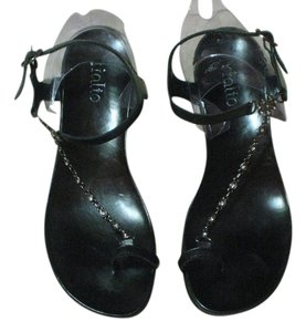 Rialto Black Leather Toe-Ring w/ Rhinestone link between toe-ring and strap Sandals