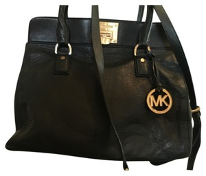 Michael Kors Green Bags - Up to 90% off at Tradesy fab1dd1083