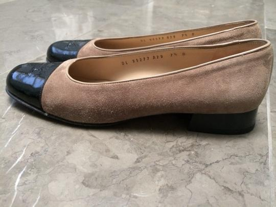 Salvatore Ferragamo Taupe And Black Flats