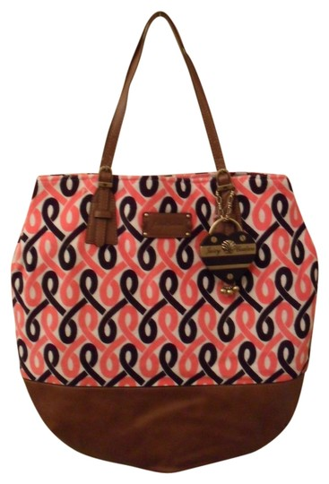 Preload https://item5.tradesy.com/images/juicy-couture-blondie-prepster-leather-new-white-black-brown-pink-velour-tote-985969-0-0.jpg?width=440&height=440
