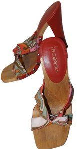 BCBGMAXAZRIA Platform Wooden Leather Summer Casual Red & Multi Mules