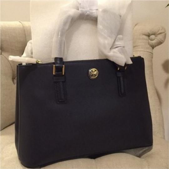 Tory Burch Tote in Tory Navy Image 5