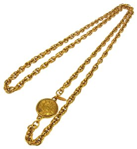 Chanel Authentic CHANEL Vintage CC Logos Gold Chain Medallion Necklace France LP11929