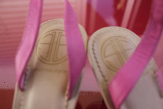Lilly Pulitzer Pink Leather With Gold Hardware Sandals