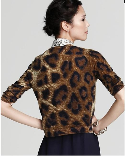 Preload https://img-static.tradesy.com/item/986824/neiman-marcus-reduced-10-see-note-recolor-leopard-and-dot-pattern-cashmere-sweaterpullover-size-8-m-0-0-650-650.jpg