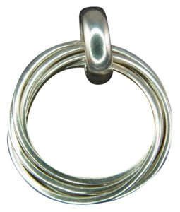 Silpada Sterling Silver Five Ring Pendant S1637 RETIRED