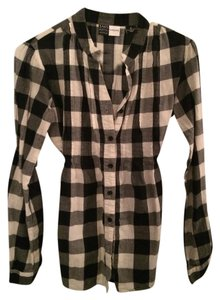 5ea9074f0e4 Saks Fifth Avenue Fitted Empire Waist Cinched Waist Flannel Button Down  Shirt Black and white plaid