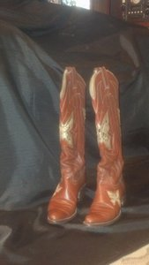 Justin Boots Dark Brown with Inlay Boots