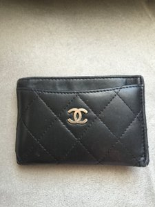 Chanel Chanel Quilted Card Case. Classic Chanel!