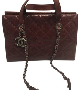 Chanel Caviar Leather Classic Tote in bordeaux