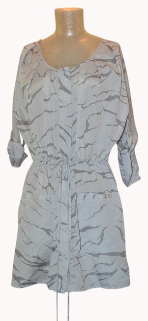 Vasia Top Light grey with dark grey animal print