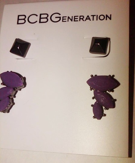 BCBGMAXAZRIA BCBG EARRING STUD AND CLUSTER DUO SET-HEMATITE PYRAMID/ PURPLE CLUSTER