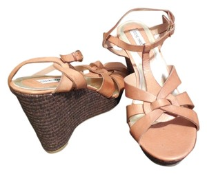 Steve Madden Wedge Leather T-strap Tan Wedges