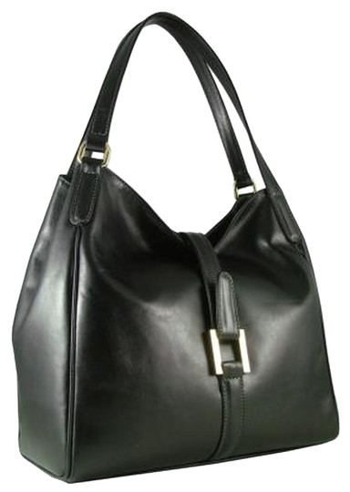 Preload https://item3.tradesy.com/images/carbotti-leather-shoulder-bag-black-988562-0-0.jpg?width=440&height=440