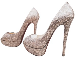 Lady peep Louboutin strass crystal in oeach champagne color. Size 36. Worn a fee times but in good comdition. No box. Just just bag. Gorgeous primcess pumps. Boots