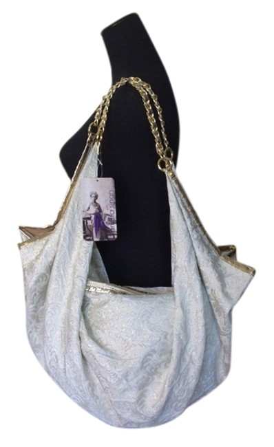 Item - Shoulder Gold Large Ivory Large New Cream with Gold-tone Hardware Brocade Cloth Hobo Bag