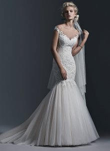 Sottero and Midgley Ivory Over Gold Lace Tulle Cassandra Wedding Dress Size 6 (S)