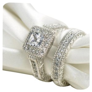 Other 2PC Vintage Style Wedding Ring Set