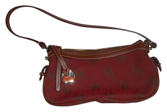 Preload https://item3.tradesy.com/images/dooney-and-bourke-quilted-signature-rustic-red-canvas-shoulder-bag-989077-0-0.jpg?width=440&height=440