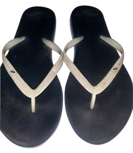 Abercrombie & Fitch White and navy blue Sandals