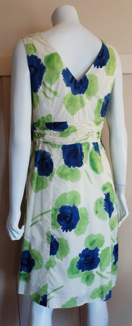 Boden short dress Ivory Blue Tea Length Ruched Floral Sleeveless Lined on Tradesy