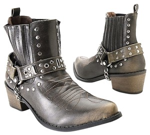Matisse Distressed black-brown Upper/Outsoles w Silver tone hardware Boots