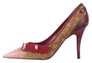Louis Vuitton Patent Patent Leather Brown Pumps