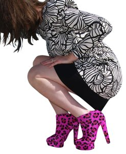 Wilma by Senso Pink Cheetah Boots