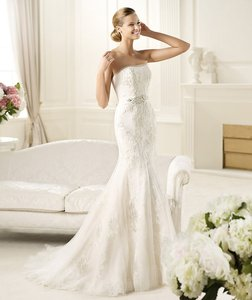 Pronovias Diciembre Wedding Dress