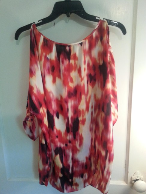 Kenneth Cole Colored Open Shoulder Keyhole Tunic