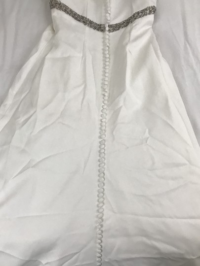 Landa Designs White Soft and It Is Polyester Casual Wedding Dress Size 10 (M)