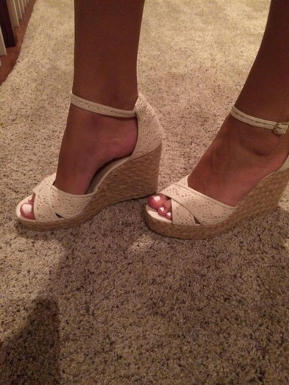 Steve Madden Cream Wedges